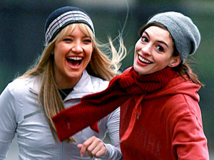 Kate Hudson (left), Anne Hathaway
