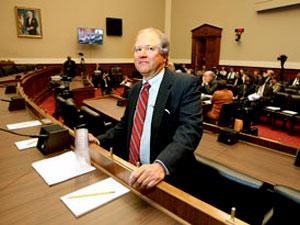 Congressional Staffer Sopko Joins Akin Gump