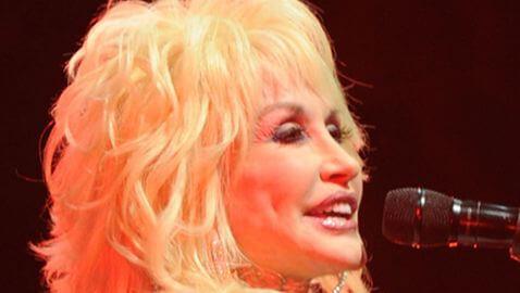 Dolly Parton Struggles with Australia Performances