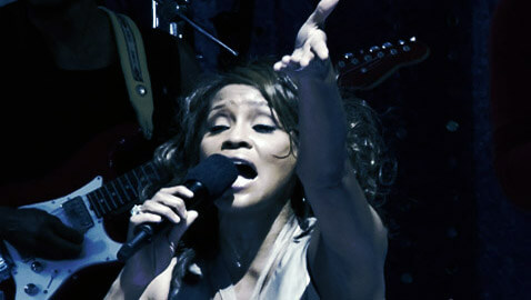 Whitney Houston Dead in Hotel Room