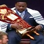Eddie Long Crowned 'King' by Congregation