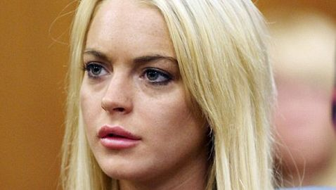 Lindsay Lohan Approved to Work in Canada