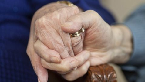 NHS Killing Thousands of Elderly Each Year According to Doctor