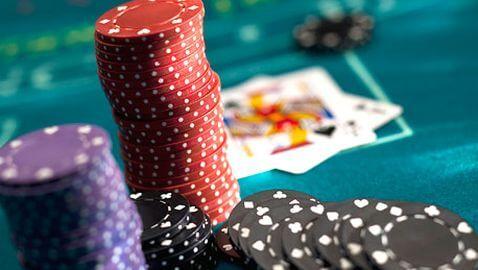 CEO of Full Tilt Poker Arrested for Ponzi Scheme