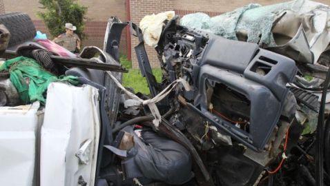 Crash in Texas Kills 14 Immigrants