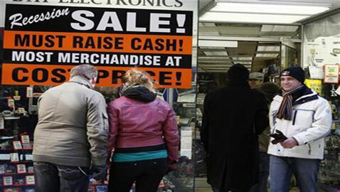 U.S. Consumer Confidence Levels Fall