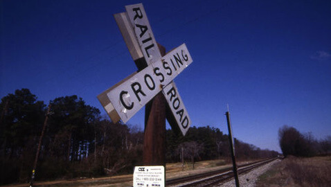 Train Plows Into Float Carrying Veterans; 4 Dead, 17 Wounded – 10 Critical