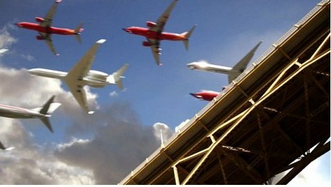 VIDEO: Composite Film of Dozens of Planes Landing at Once