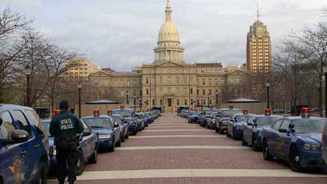 """Michigan Becomes a """"Right to Work"""" State"""