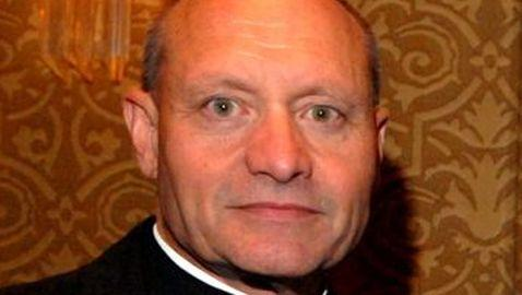 Priest Dressed as Woman and Had Sex in Rectory