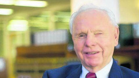 Former University of Alabama Law Dean, Daniel John Meador, Dies at 86