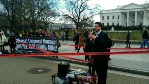 Monsanto Protection Act Brings Protests to White House