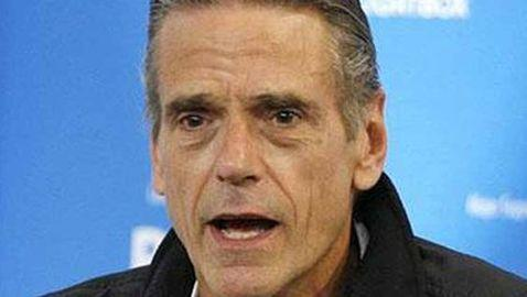 Jeremy Irons Talks Gay Marriage and Interfamilial Relationships