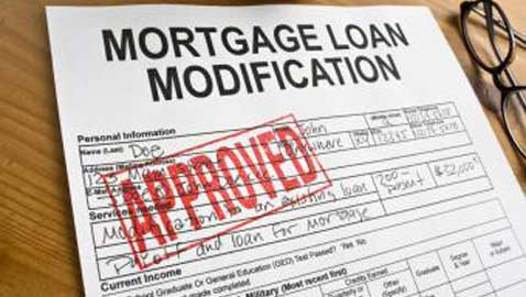 Obama Administration Extends Foreclosure-Prevention Program by Two Years