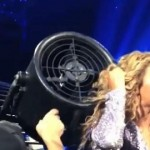 VIDEO: Beyoncé's Hair Gets Stuck in Fan