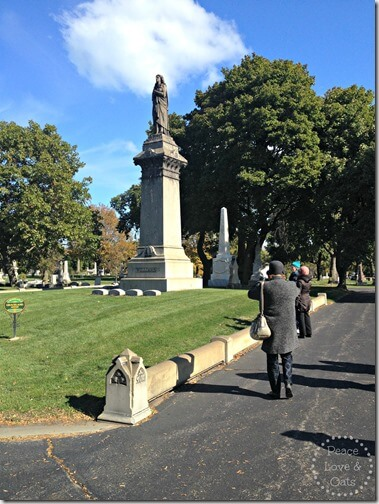 graceland cemetery 1