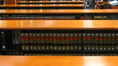 Law Professor Warns Law Libraries are Thing of the Past
