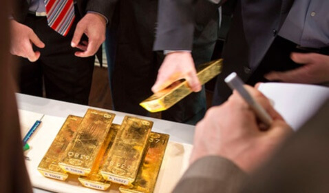 Gold Mounts to Six-Week High