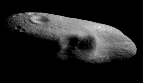 Giant Asteroid Soars Close to Earth