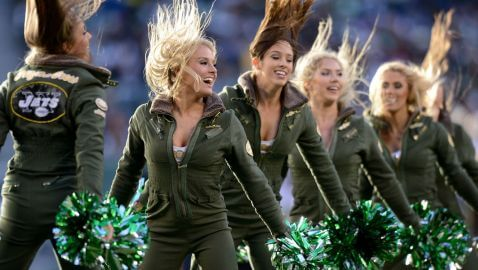 New York Jets Sued by Former Cheerleader Over Low Wages