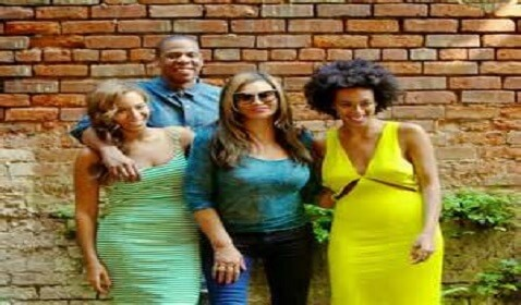 Happy Family Photos of Jay Z, Beyonce and Solange Knowles in New Orleans