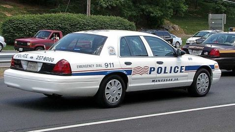 Police in Manassas Refrain from Taking Pictures of Teen Boy