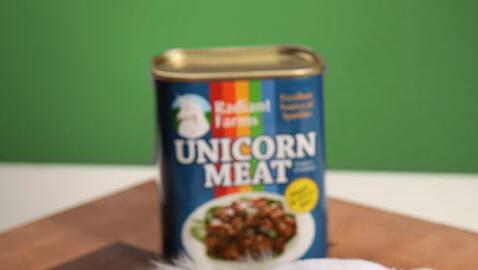 e5a7_canned_unicorn_meat_inside_Fotor
