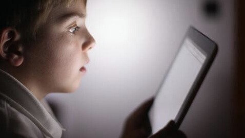 Here is Why Children Under the Age of 12 Should Not Use Handheld Devices