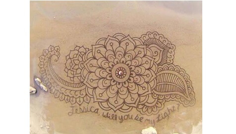 Can You Believe This Beautiful Art Was Made on a Beach?