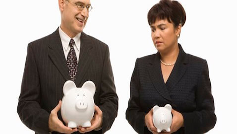Chief Legal Officers Continue to Experience Gender Pay Gap