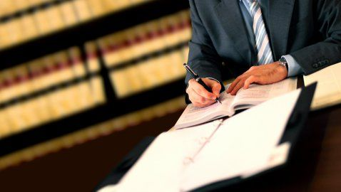 How Much Do In-House Attorneys Get Paid?