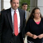 Kim Davis Allows Gay Marriage Licenses to Be Issued