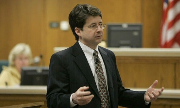 Why Are People Drooling Over 'Making a Murderer' Lawyer?