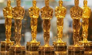Oscar Statues, via theodysseyonline.com