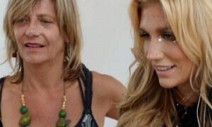 Kesha mom
