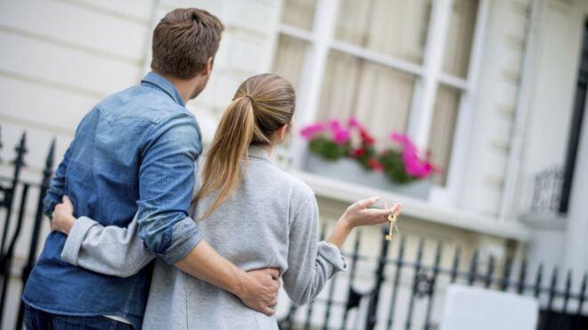 unwed couples live together