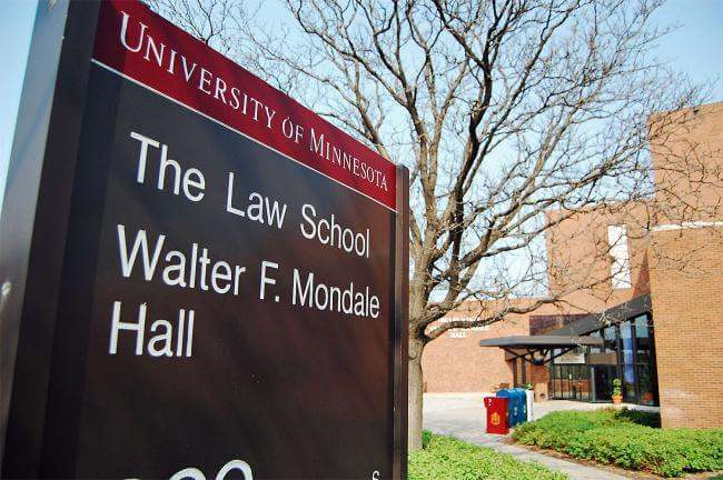 No One Wants to Go to Minnesota Law and It Shows