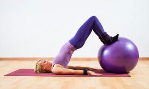 use-these-5-fun-workout-moves-for-your-exercise-ball-medium