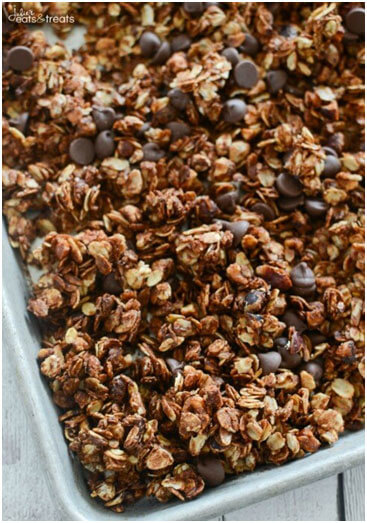 Delicious DIY Granola Recipes-1