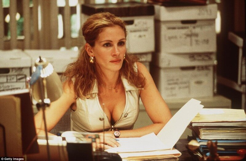 2C7C567A00000578-3240721-Julia_Roberts_starred_in_film_and_won_an_Academy_Award_in_the_fi-a-42_1442630137065