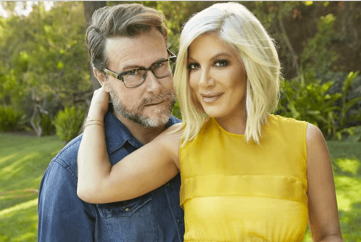 Pregnant Tori Spelling Sued for $200K Bank Debt