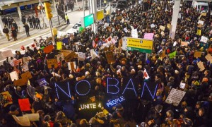 jfk-protest-immigrants-e1e9e7fb-3fc6-48de-85cf-b55bb57f1817