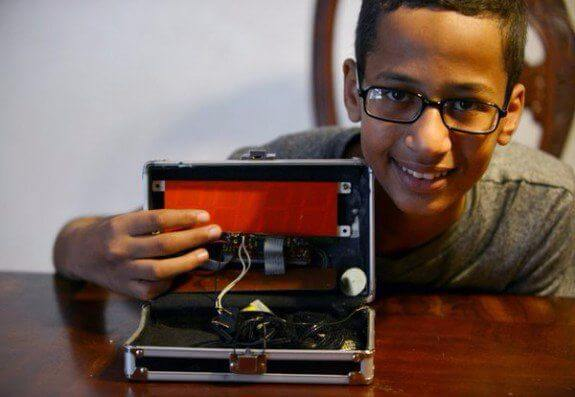 """Clock Boy"" Civil Rights Lawsuit Thrown Out"