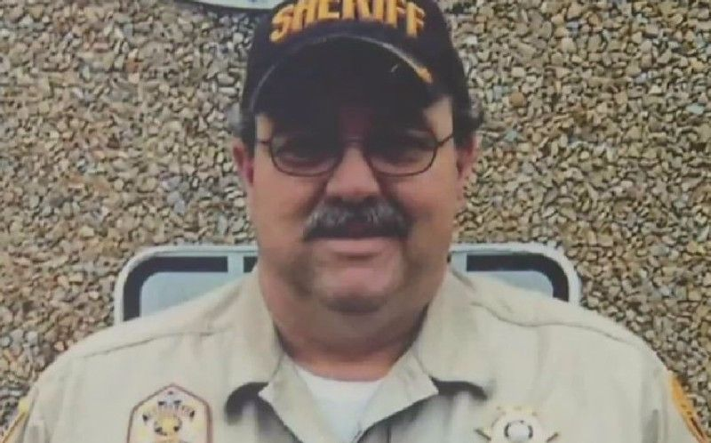 Tennessee Sheriff Had Sex with Inmates